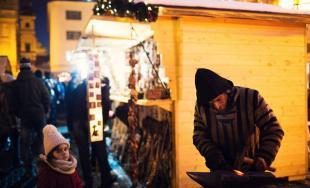 Otvorenie adventných trhov v Trnave sa nieslo v príjemnej atmosfére