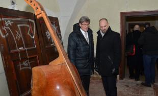Kaštieľ v Moravanoch nad Váhom opäť ožil výstavou umeleckých diel vďaka projektu Návrat do života