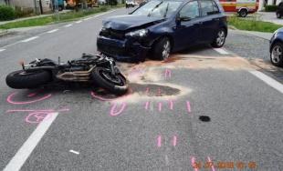 Polícia zasahovala pri dvoch závažných dopravných nehodách s účasťou motocyklistov