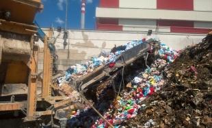 Colníci opäť likvidovali tovar, na trhu by majiteľom ochrannej známky spôsobili škodu 700 000 eur